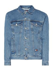 Niebieska kurtka Tommy Jeans z jeansu w street stylu