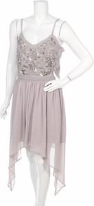 Różowa sukienka Frock And Frill z dekoltem w kształcie litery v