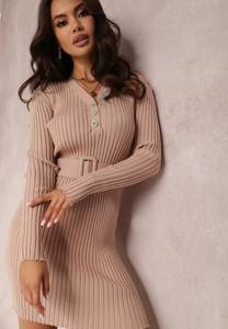 Sukienka Renee midi w stylu casual dopasowana
