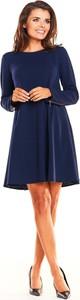 Niebieska sukienka Awama z długim rękawem z okrągłym dekoltem