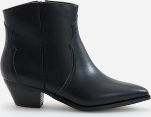 Czarne botki Reserved ze skóry w stylu casual na obcasie