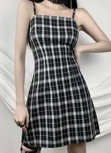 Sukienka Arilook w stylu casual bez rękawów z okrągłym dekoltem