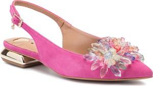 Różowe sandały R.Polański z zamszu z klamrami w stylu casual