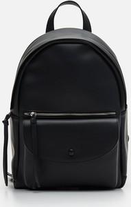 Czarny plecak Cropp ze skóry