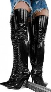 Kozaki Wilady w stylu glamour za kolano