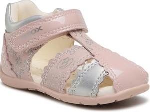 Różowe buty dziecięce letnie Geox
