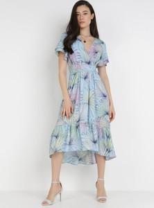 Niebieska sukienka born2be z krótkim rękawem midi