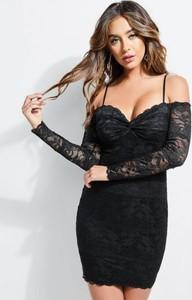 Czarna sukienka Guess dopasowana mini