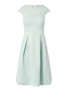 Sukienka Lipsy z satyny z krótkim rękawem