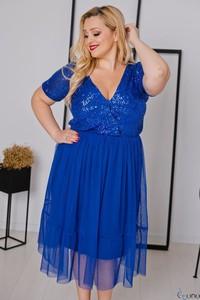 Niebieska sukienka tono.sklep.pl z dekoltem w kształcie litery v z tiulu