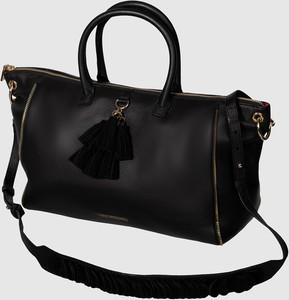 Czarna torebka Love Moschino duża w stylu glamour ze skóry