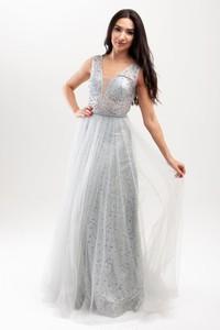 Srebrna sukienka Butik Ecru maxi bez rękawów z dekoltem w kształcie litery v