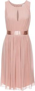 Różowa sukienka bonprix BODYFLIRT na randkę midi