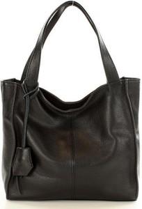 Czarna torebka GENUINE LEATHER duża ze skóry w wakacyjnym stylu