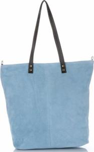 Torebki skórzane typu shopperbag firmy vera pelle błękitne