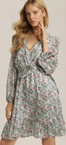 Miętowa sukienka Renee z dekoltem w kształcie litery v