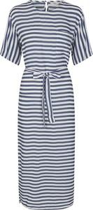 Granatowa sukienka Minimum w stylu casual z krótkim rękawem