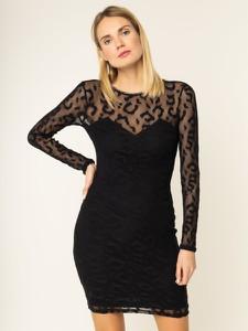 Czarna sukienka Guess dopasowana z długim rękawem