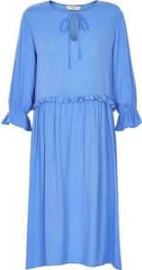 Sukienka Numph w stylu casual oversize z długim rękawem
