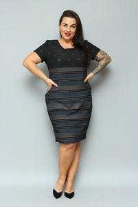 Sukienka KARKO z krótkim rękawem z okrągłym dekoltem midi