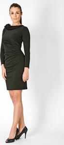 Czarna sukienka sukienki.pl z tkaniny z długim rękawem z okrągłym dekoltem