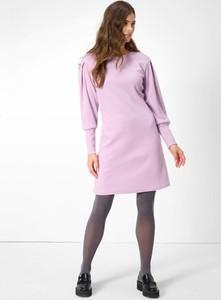 Różowa sukienka ORSAY z długim rękawem w stylu casual z dżerseju