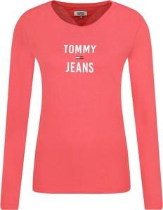 Różowa bluzka Tommy Jeans z okrągłym dekoltem z długim rękawem