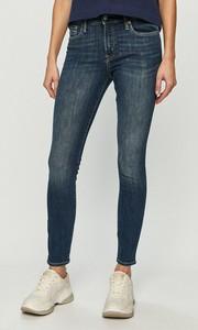 Jeansy Gap z jeansu