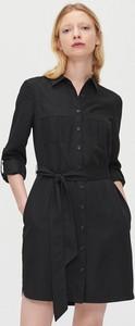 Czarna sukienka Cropp w stylu casual szmizjerka z długim rękawem