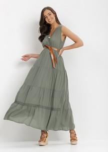 Zielona sukienka born2be z dekoltem w kształcie litery v bez rękawów maxi