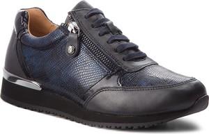 Granatowe buty sportowe Caprice
