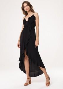 Czarna sukienka born2be w stylu boho