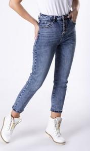 Niebieskie jeansy Ptak Moda z jeansu