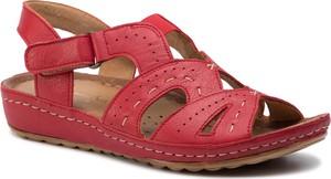 Czerwone sandały Maciejka w stylu casual ze skóry na rzepy