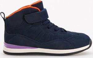 Granatowe buty dziecięce zimowe Reserved