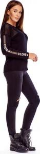 Bluzka La Chic z okrągłym dekoltem