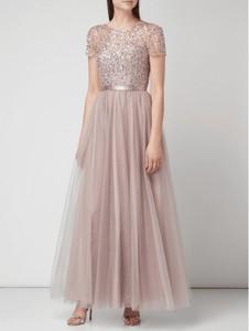 Sukienka Unique z tiulu maxi w stylu glamour