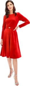 Sukienka Lavard z okrągłym dekoltem z długim rękawem