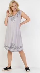 Sukienka born2be trapezowa mini z okrągłym dekoltem