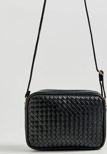 Czarna torebka Sinsay zdobiona