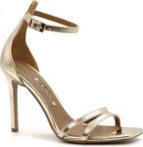 Sandały Neścior w stylu klasycznym ze skóry