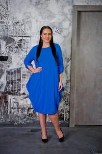 Niebieska sukienka tono.sklep.pl dla puszystych z okrągłym dekoltem z długim rękawem
