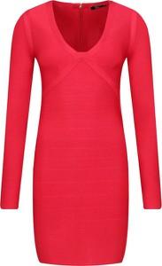 Czerwona sukienka Guess by Marciano z dekoltem w kształcie litery v mini