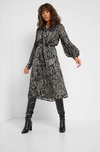 Sukienka ORSAY w stylu casual z długim rękawem midi