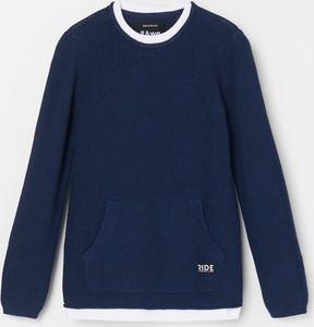 Granatowy sweter Reserved z bawełny