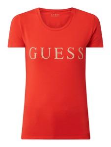 Pomarańczowy t-shirt Guess z krótkim rękawem z okrągłym dekoltem w młodzieżowym stylu