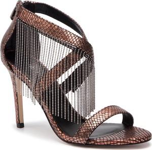 Brązowe sandały Eva Minge z zamszu w stylu klasycznym