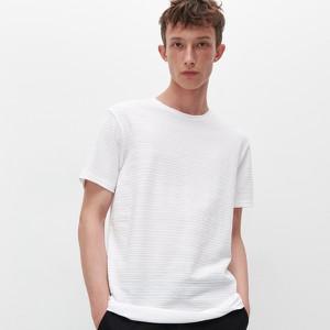 T-shirt Reserved w stylu casual z krótkim rękawem z dzianiny