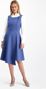 Niebieska sukienka Lavard z okrągłym dekoltem z długim rękawem