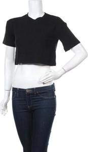 Czarny t-shirt Nu-in z okrągłym dekoltem z krótkim rękawem